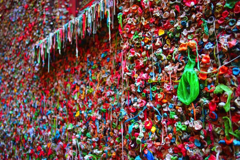 Gum-Wall-830x555
