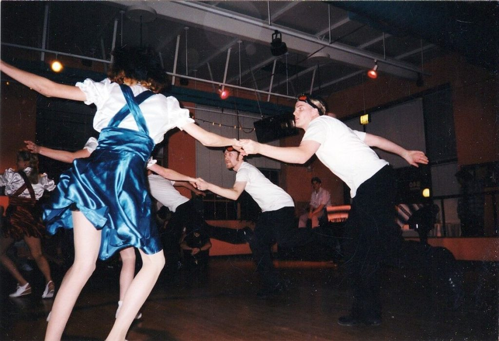 Swing dance in the 90's and early 2000's | The Home of Happy